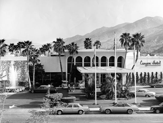 Downtown Palm Springs Area Hotel