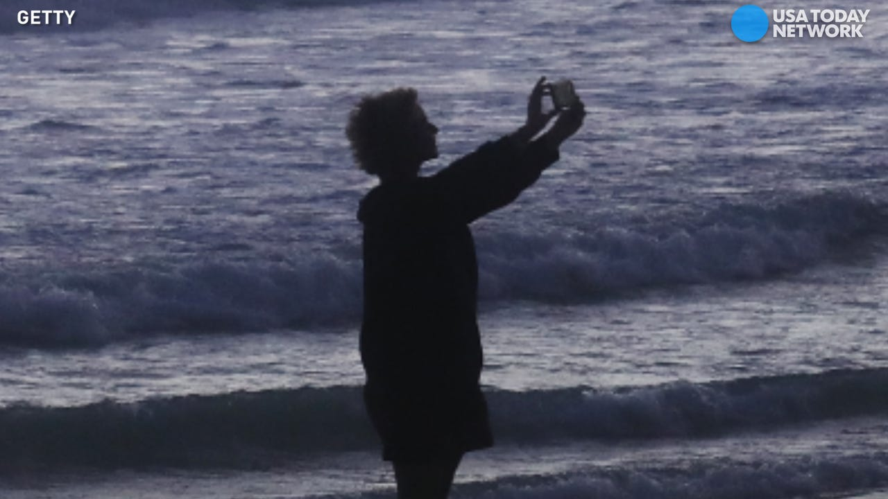 How to take the perfect selfie, no stick required