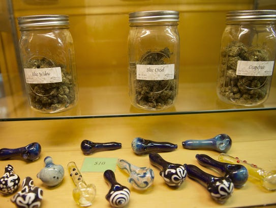The Palm Springs City Council will allow recreational cannabis businesses to operate in the city starting Jan. 2, including lounges where patrons can buy marijuana products to consume on site.