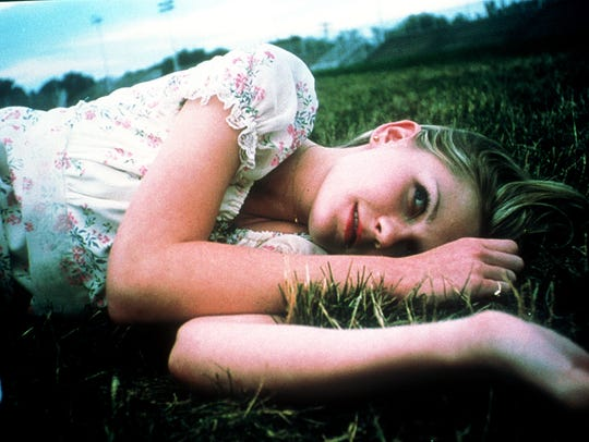 Kirsten Dunst in 'The Virgin Suicides'