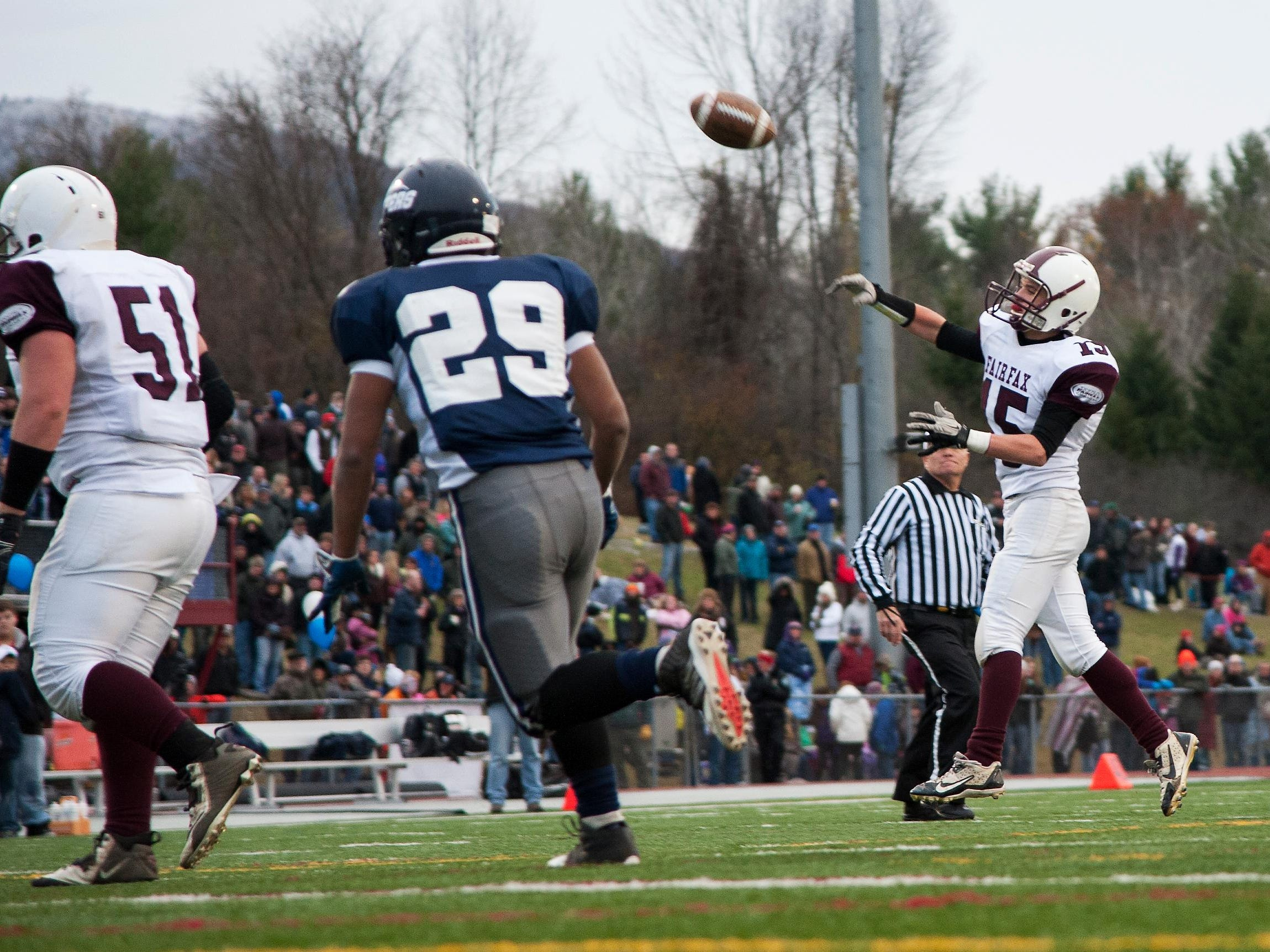 Fairfax quarterback Dylan Lumbra, seen in last year's Division III title game, helped the Bullets win their 2015 opener on Saturday vs. Spaulding