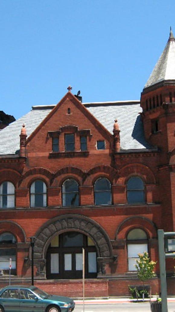 Beaver Street facade