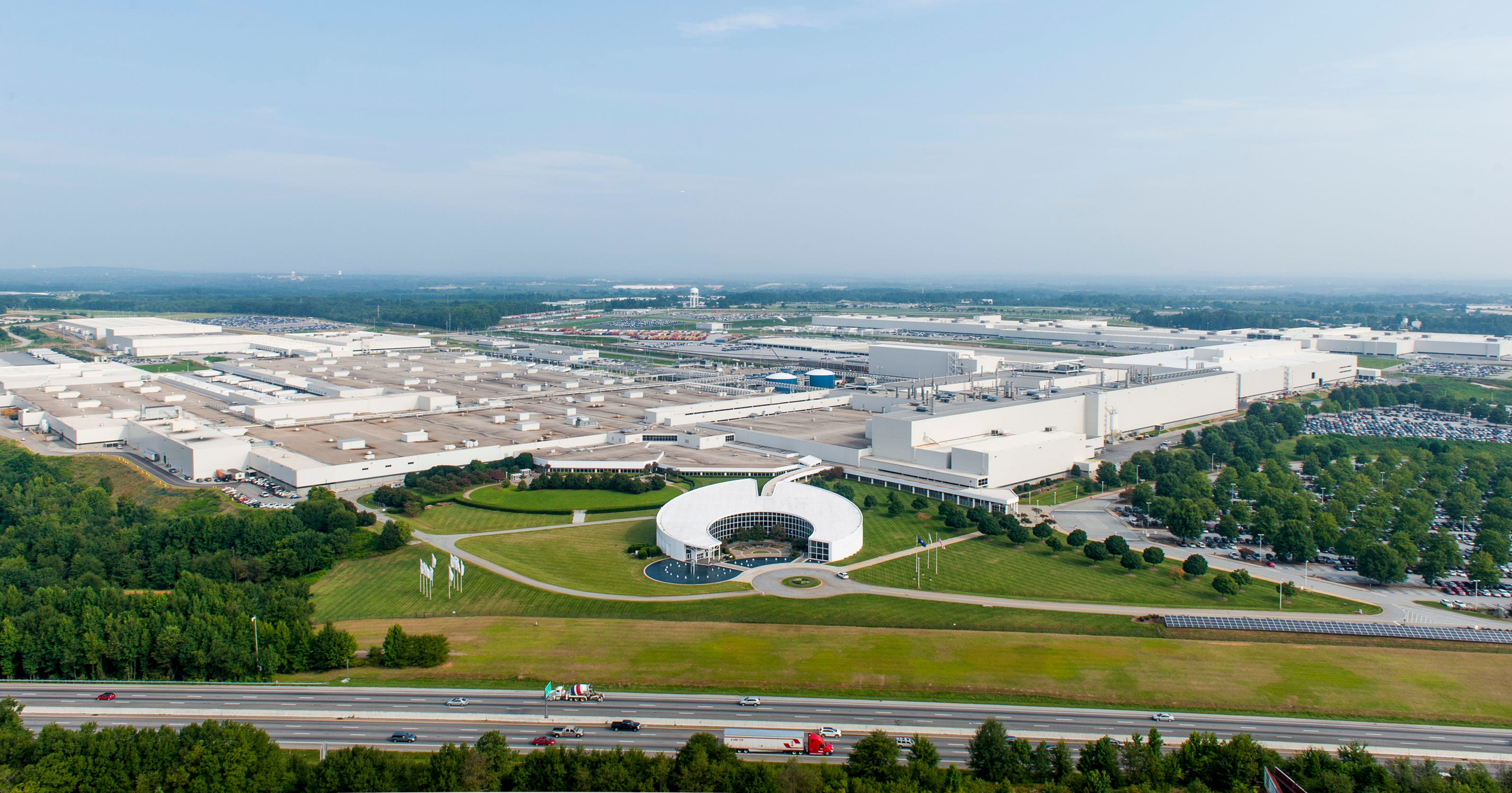 BMW auto worker dies in S C  plant accident
