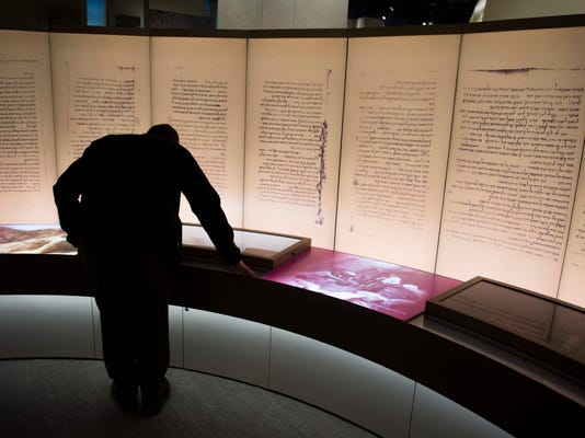 FILES-US-LIFESTYLE-MUSEUM-BIBLE-FORGERY