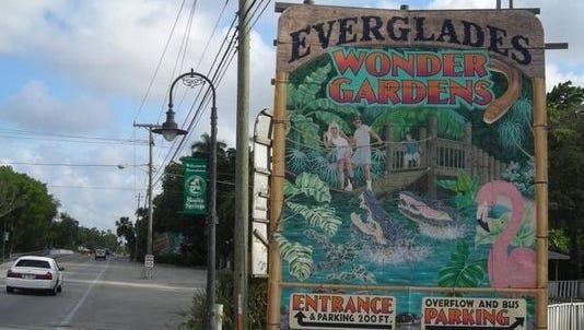 Everglades Wonder Gardens sign
