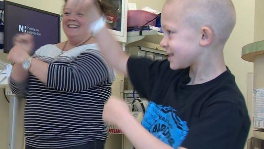 6-year-old dances his way through each chemo treatment.