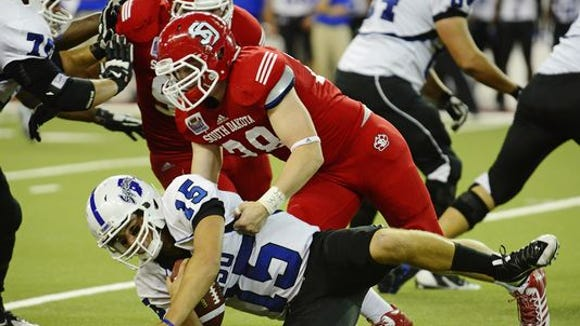 Roosevelt alum John Wessel will try to help USD escape