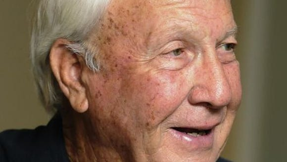 Former Auburn coach Pat Dye agrees with every staff