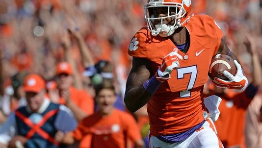 Clemson wide receiver Mike Williams remains sidelined while healing a broken bone in his neck.