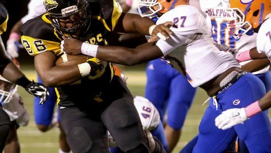 Gulfport jumps into the rankings at No. 10 after beating D'Iberville 35-17.