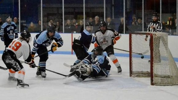 Will Kirk (19) and Mamaroneck remain atop the lohud power rankings with a 7-0 record through Dec. 13.