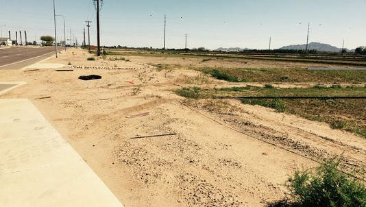 A developer wants to build 128 homes on vacant land south of Queen Creek Road, east of Arizona Avenue in Chandler.