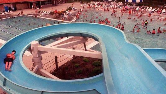 Clarksville Aquatic Center in 1997.