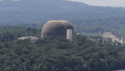 U.S. Sen. Charles E. Schumer (D-NY) has asked federal regulators to investigate a radioactive leak at the Indian Point nuclear power plant.