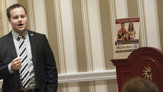 Josh Duggar speaks in February 2015 at a conservative political event.