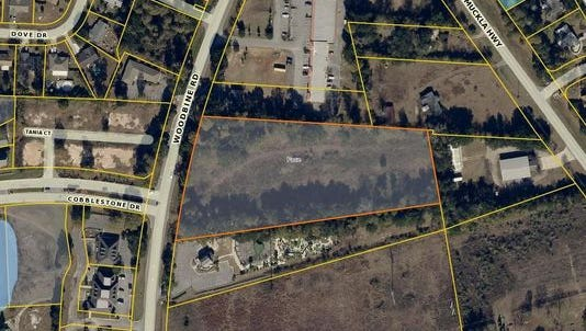 This map shows the approximate location, outlined in orange, of a major grocery store in the works for Woodbine Road in Pace, to be built across from Stonebrook Golf Club by early 2017.