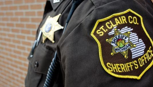 St. Clair County sheriff's deputies subdued a suicidal man who was wielding a machete.