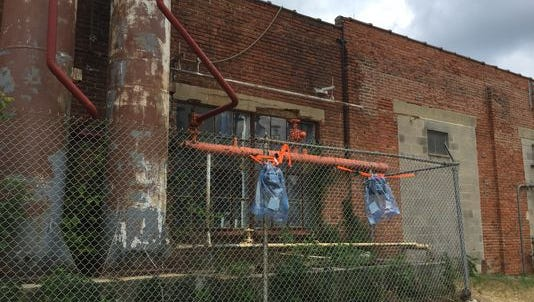 Federal EPA officials have set up air monitoring devices around the Vineland Ice and Cold Storage on East Pear Street as a precaution while issues with the plant's refrigerator system are addressed.
