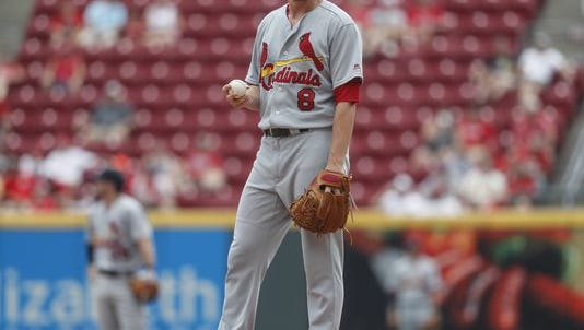 Cardinals starter Mike Leake struggled as the team lost the series to the Cincinnati Reds.