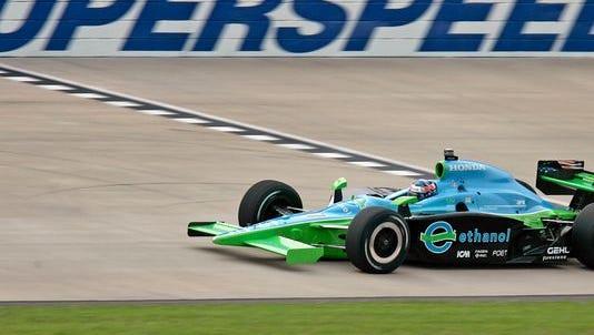IndyCar Series practice at Nashville Superspeedway in 2008.