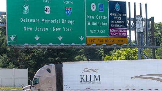 Traffic fills I-295 in July. Lanes on the highway will close Monday.