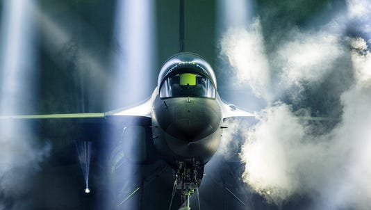 The battle to build the US Air Force's $16.3 billion T-X trainer officially kicked off Friday with the release of the final request for proposals.