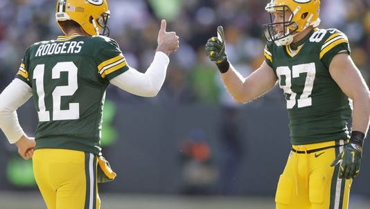 Aaron Rodgers (left) and Jordy Nelson and the Packers have been on a roll lately.
