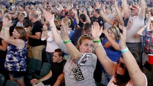 Crowd enjoys concert at Klipsch Music Center.