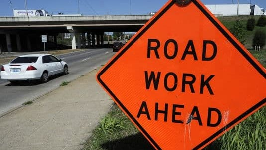 The Williamson County Commission voted 19-5 for a resolution that approves Gov. Bill Haslam's plan to fund a backlog of transportation projects.
