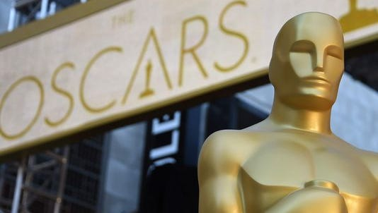 The Oscars are here! And Twitter is snarky.