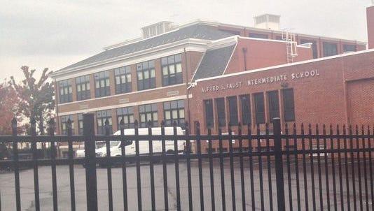 Faust School