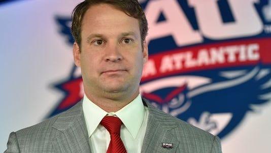 Florida Atlantic Owls head coach Lane Kiffin