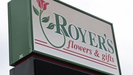 Royers flowers logo