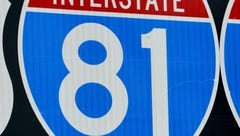 Fatal crash clogs I-81 southbound lanes near Lexington