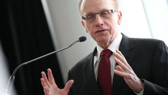 Warren Mayor James Fouts