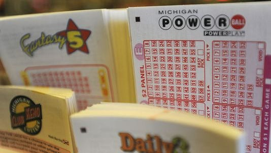 The winner of the $126,000 winning lotto ticket in Livingston County is choosing to remain anonymous.