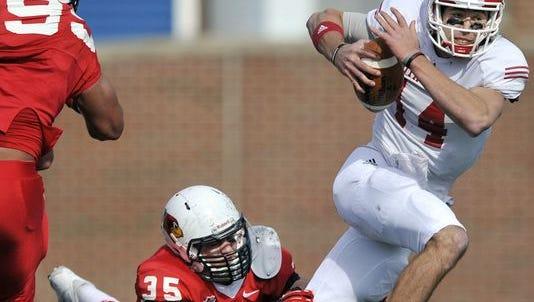 Kevin Earl, shown here against Illinois State last season, returns this week.