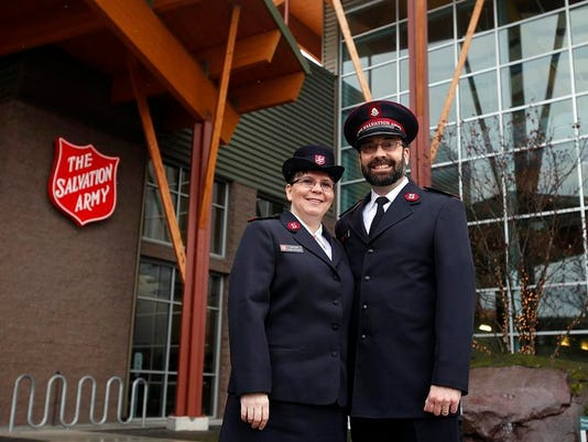 SAL0206-Salvation Army lede