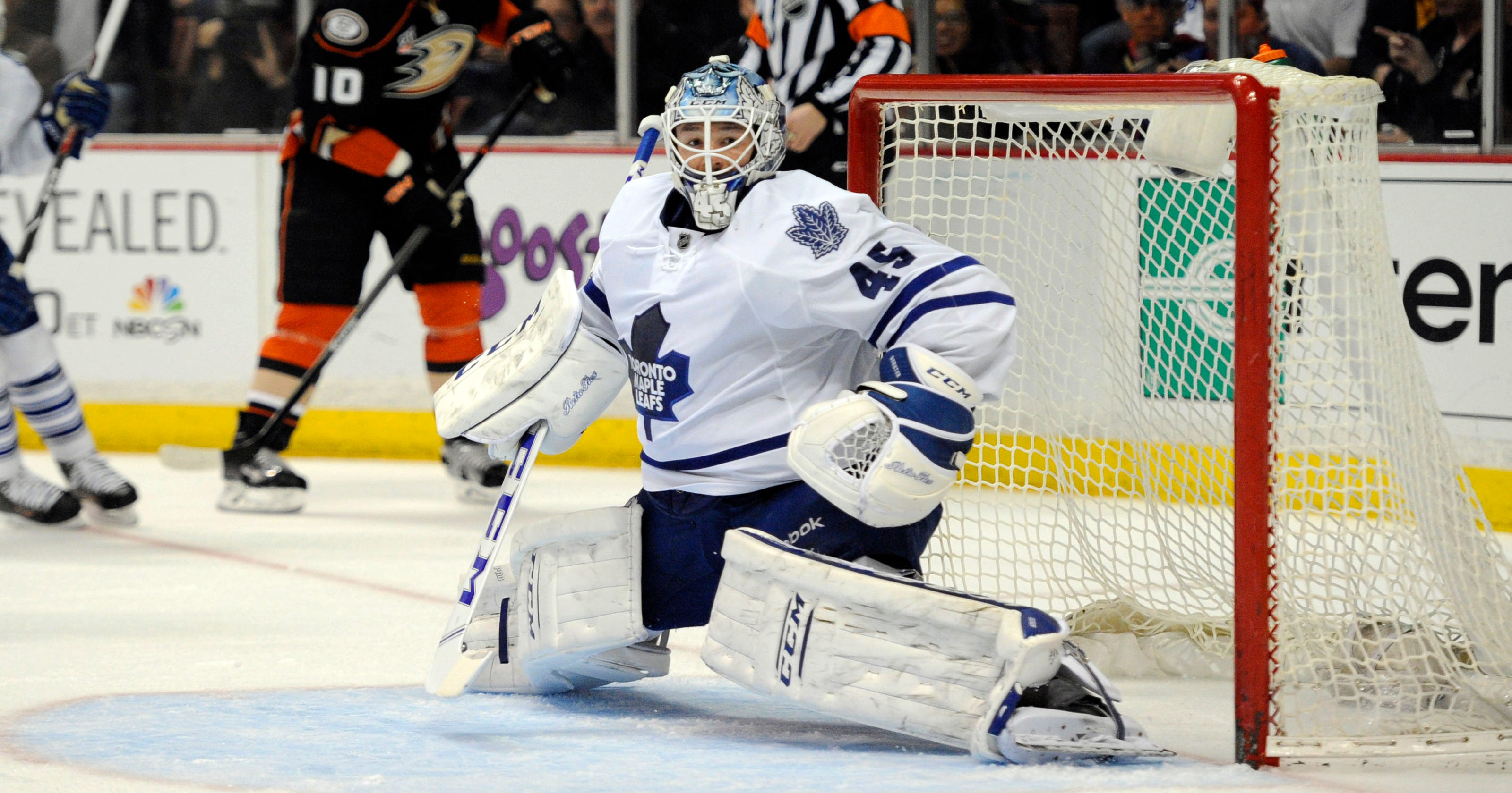 67fa55eafe2 Maple Leafs top Ducks in Randy Carlyle s return to Anaheim