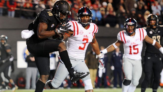 Vanderbilt receiver Trent Sherfield (10) scored a touchdown in the Commodores victory over Ole Miss.