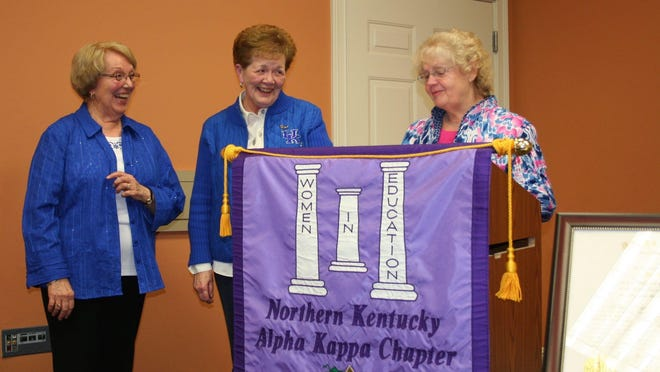 Judy Boster and Anna Dunavant get a Kentucky Colonel award from an ADK sister, Wanda Trimble.