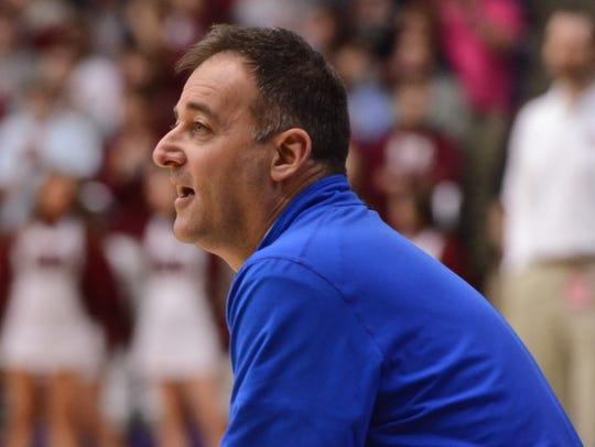 McCallie coach John Shulman instructs his team during