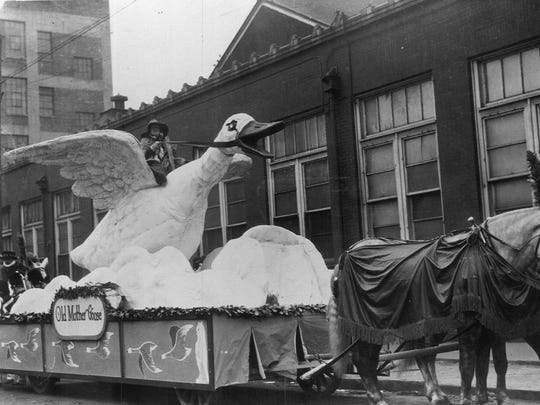 The Old Mother Goose float, seen in 1925, was at 18 feet long and 15 feet wide when it debuted in 1924.