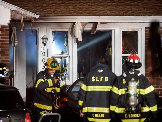 Emergency personnel responded to 1003 S Lincoln Ave. Monday evening at 7:41 p.m. A reported dwelling fire began in the kitchen. Fire companies from Lebanon City, Friendship, and Hebron responded to fire. Traffic had to be rerouted.