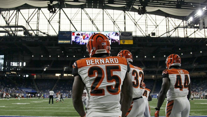 Cincinnati Bengals running back Giovani Bernard (25) stands by the running backs during warmups before the NFL preseason game between the Detroit Lions and the Cincinnati Bengals at Ford Field in downtown Detroit on Thursday, Aug. 18, 2016.