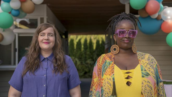 """Aidy Bryant as Annie and Lolly Adefope as Fran in """"Shrill."""""""