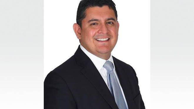 Rubin Torrez, vice president of benefit advisory at Kapnick Insurance Group, has completed a rigorous pharmacy benefit certification program.