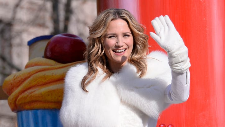 Jennifer Nettles rides a float at the Macy's Thanksgiving