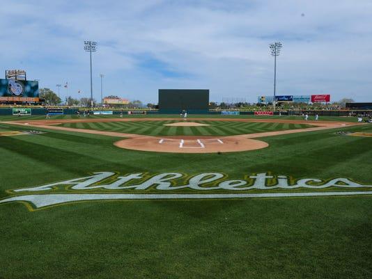 USP MLB: SPRING TRAINING-SAN FRANCISCO GIANTS AT O S BBA USA AZ