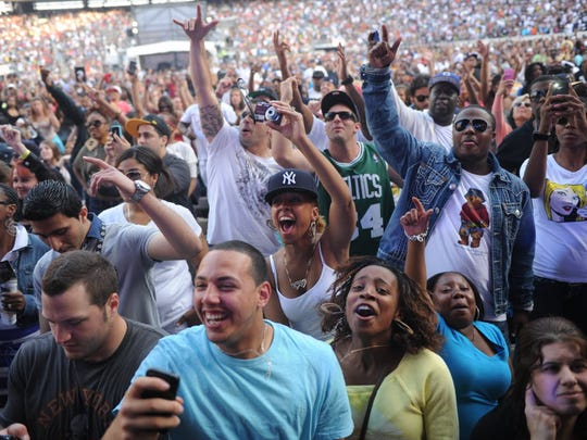 Hip Hop fans enjoy the music during the Hot 97 Summer Jam 2011 concert